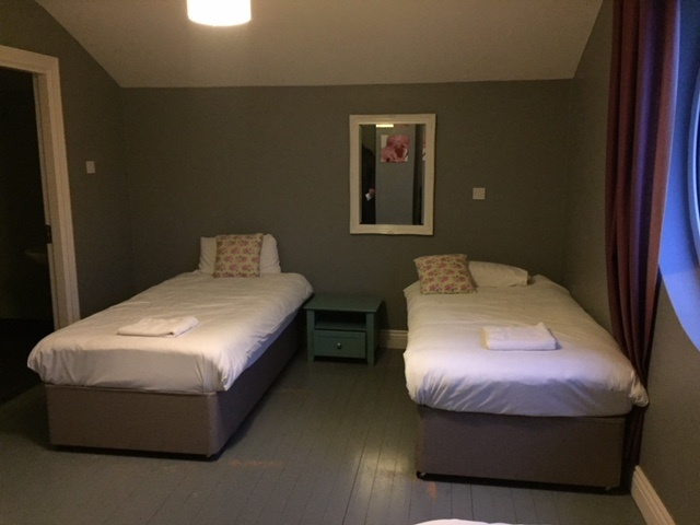 2 Single beds in a Self Catering House Carrick on Shannon