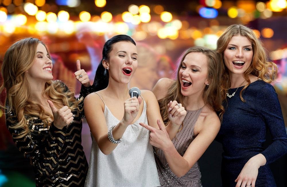 Hen Party Ideas - Karaoke - TheHen.ie