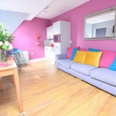 Kilkenny Hen Party Self Catering Apartments TheHen.ie Hen Weekend, Ideas, Packages, accommmodation 2nd floor living