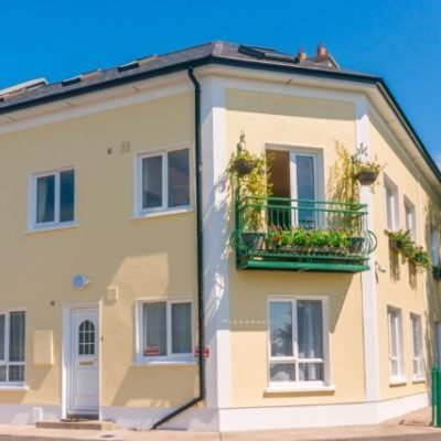 a balcony on a cream self catering house for a hen party in the centre of Carrick on Shannon